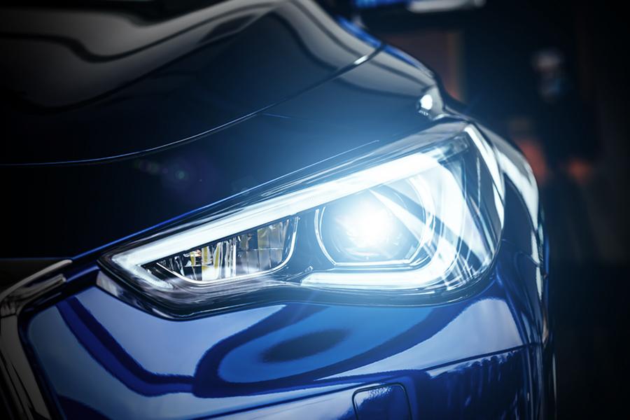 Produkte der Wevo-Chemie für die Automobilbeleuchtung